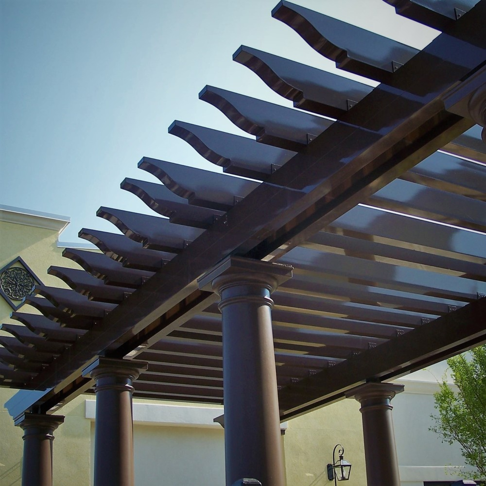 Pergola made of aluminum by Finyl Sales Inc